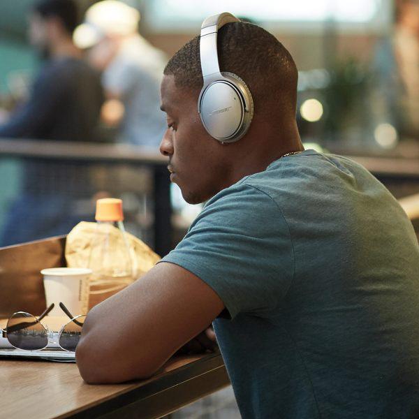 ซื้อ หูฟัง Bose QuietComfort 35 Wireless Headphones II Black หูฟังบลูทูธ, หูฟังไร้สาย, หูฟัง Bluetooth, หูฟังแบบครอบหู, หูฟังเสียงดี, On-Ear, QC 35 II, Bisto, BOSE,Google Assistant,Wireless Headphones, ราคาพิเศษ พร้อมโปรโมชั่นลดราคา ส่งฟรี ส่งเร็ว ทั่วไทย เฉพาะที่ www.bananastore.com