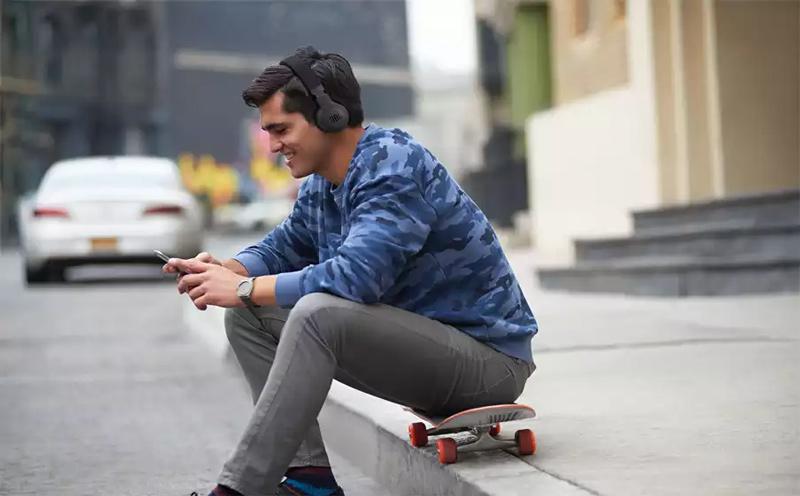JBL Bluetooth Headphone with Mic. E45BT