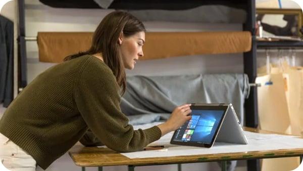 Microsoft Windows 10 Pro FPP USB (HAV-00060)